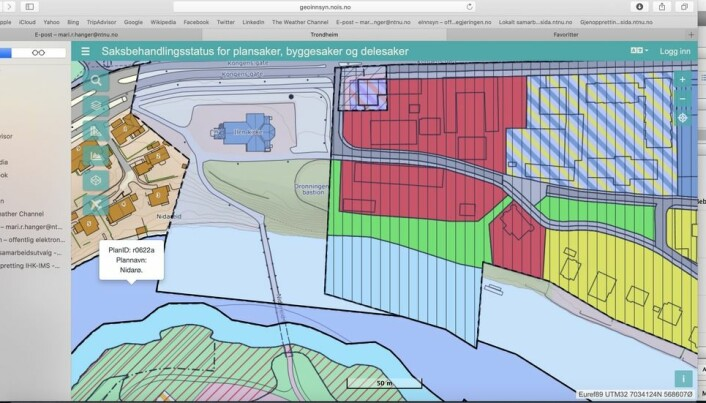 Det grønne arealet midt på kartet viser det aktuelle området. På rødt område rett til høyre for den grønne streken ligger den gamle fylkesmannsbygningen, til venstre lagerbygningen og Det gamle fengsel, som i dag benyttes av arkitektur- og arkeologistudenter ved NTNU.