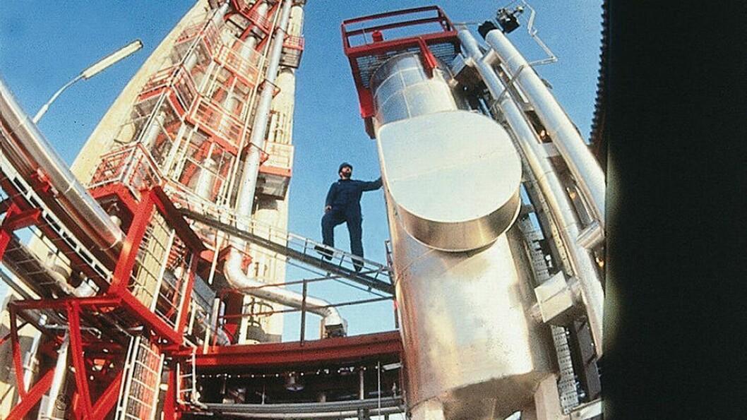 Olje og gass i samme rør: På 1980-tallet utviklet Sintef og Institutt for energiforskning ny teknologi for petroleumsvinning offshore. Seniorrådgiver Martin Berntsen i PST forteller at de har hatt flere trusselvurderinger om petroleumssektoren i den senere tid.