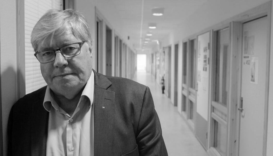 Professor emeritus Willy Tore Mørch har jobbet som psykolog i mange år. – Vi er ikke skapt for å være alene, sier Mørch i denne ytringen.