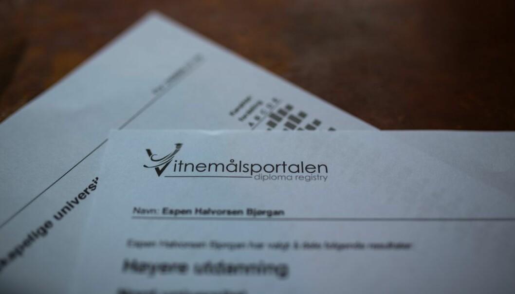 Mens Studentweb viser karakterfordeling på enkelteksamener samler Vitnemålsportalen alle eksamener i emnet siste fem år. Illustrasjonsfoto.