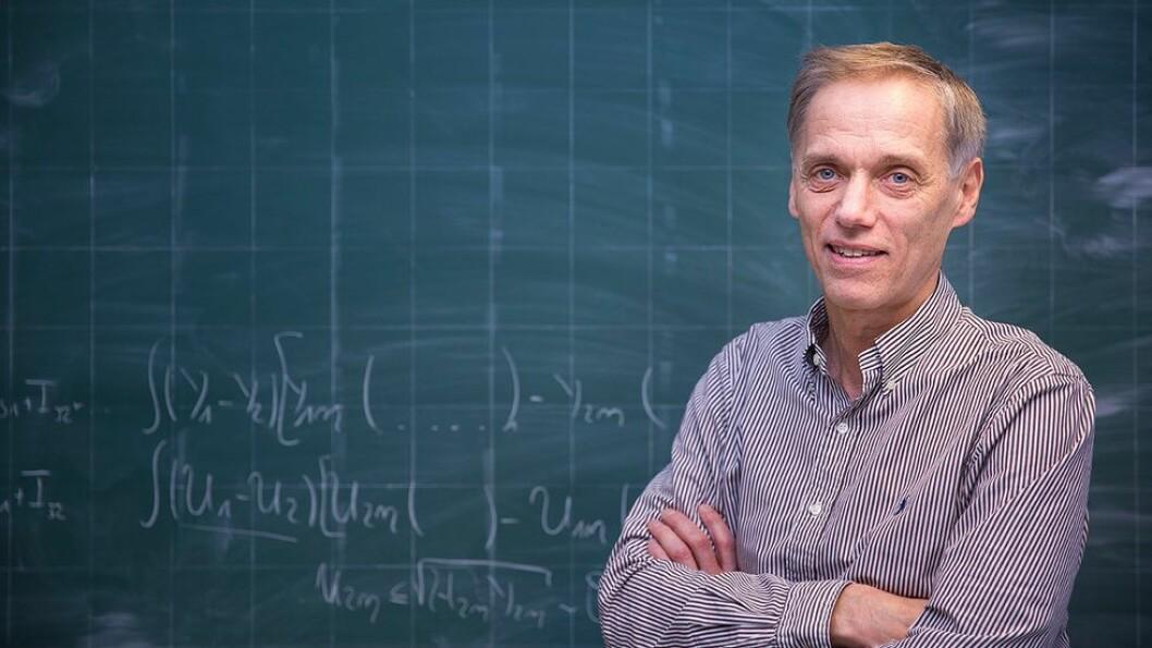 Utsagnet til professor Svein Larsen er ikke i nærheten av å representere en krenkelse, hevder Helge Holden.