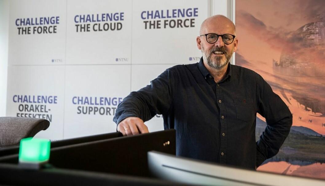 IT-sjef Håkon Alstad advarer mot «sterke konservative krefter» som ønsker alle tilbake til campus.