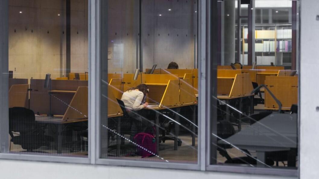 To nye studenter smittet av covid 19: Ingen har vært på campus de siste dagene.