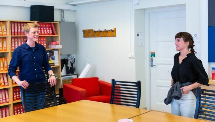 Styremerepresentant for studentene og leder av valgstyret, Simen Ringdahl beklager for at de ikke oppdaget problemet tidligere. Her er han avbildet med Mathilde Eiksund som også har vært studentens representant det siste året og som også satt i valgstyret.