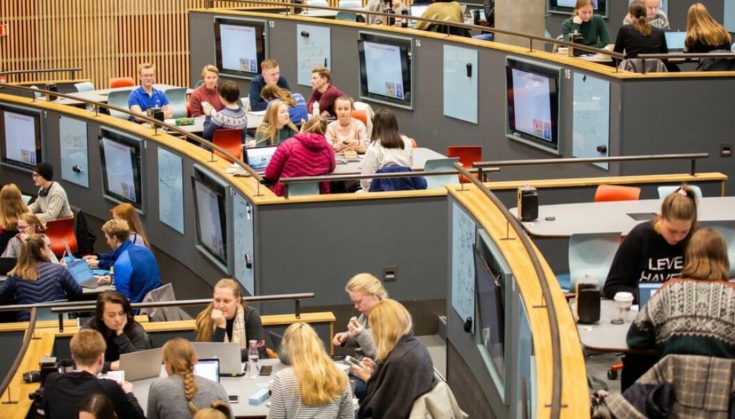 De større undervisningsrommene kommer godt med når NTNU nå planlegger undervisning med en-metersregel.
