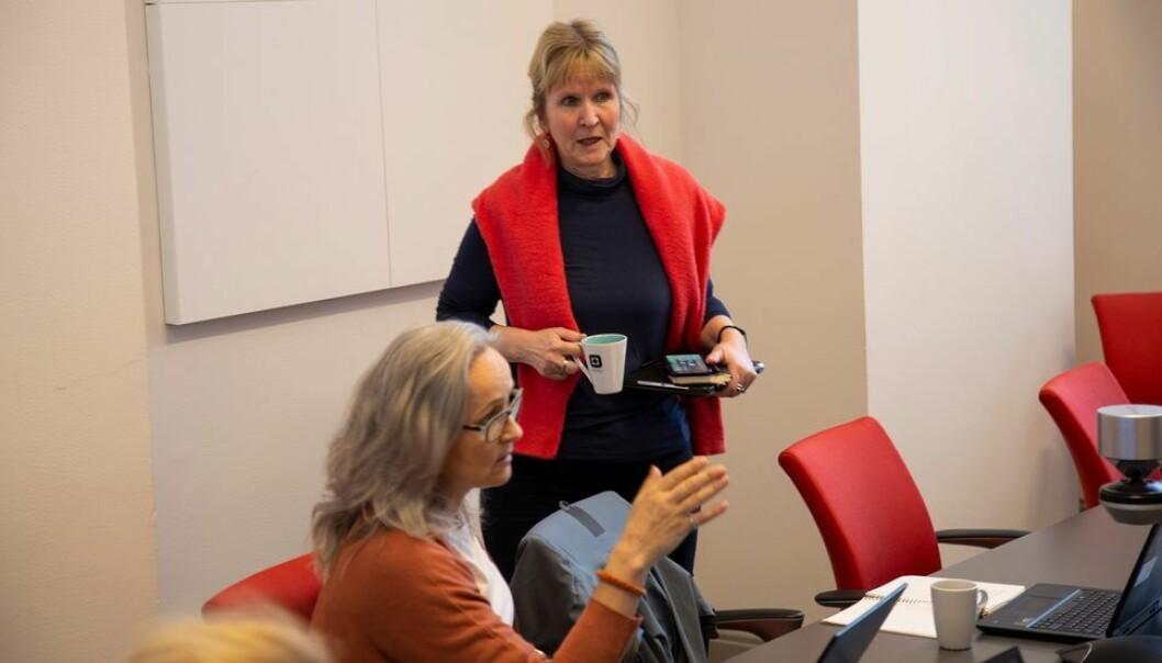 Helsedirektoratet ønsker videre hjemmekontor blant annet for å hindre overbelastning på kollektivtransporten. Vi har registrert Helsedirektoratets uttalelser om dette, sier Ida Munkeby, her fotografert under et av vårens møter i beredskapsgruppen.