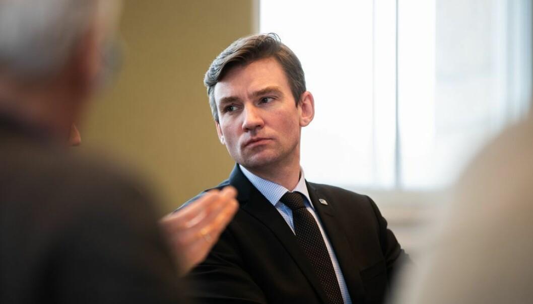 Forskning- og høyere utdanningsminister Henrik Asheim.