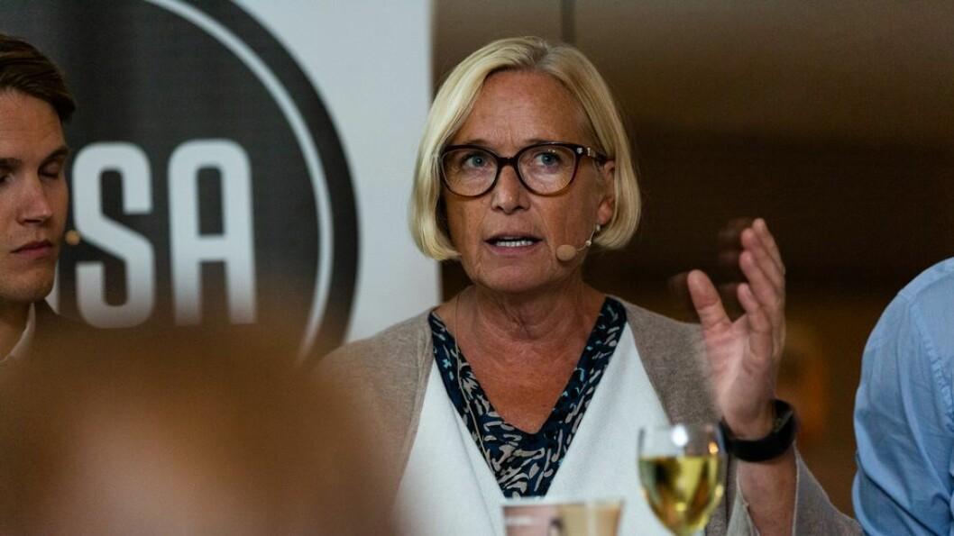 - At Høyre og Venstre later som om de ikke styrer universitetene er bare tøys. De styrer gjennom tildelinger, sa Sps Marit Arnstad under studentnach på Arendalsuka tirsdag kveld.