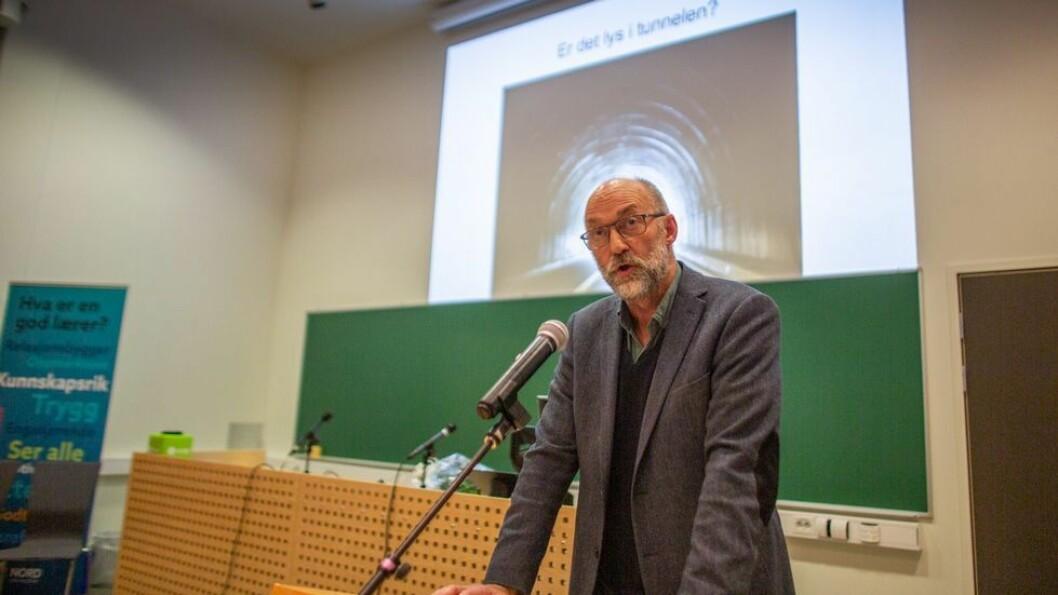 Tor Helge Allern sier han er alvorlig bekymret for utdanningstilbudet på Helgeland. Særlig alvorlig er Nord universitets store nedgang innen lærerutdanningene, hevder han.