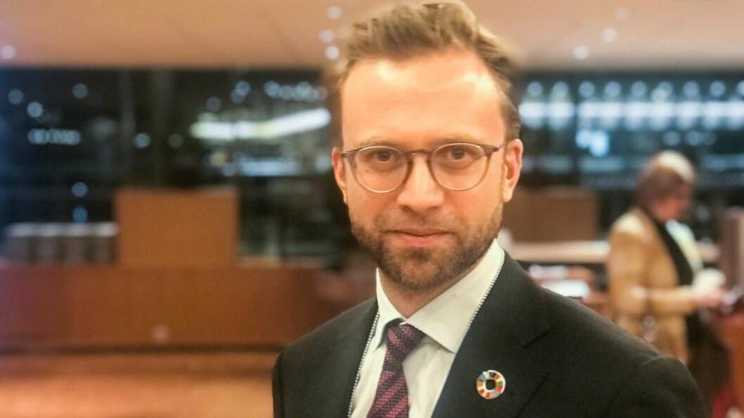 Tirsdag presenterer digitalminister Nikolai Astrup en strategi for kunstig intelligens.