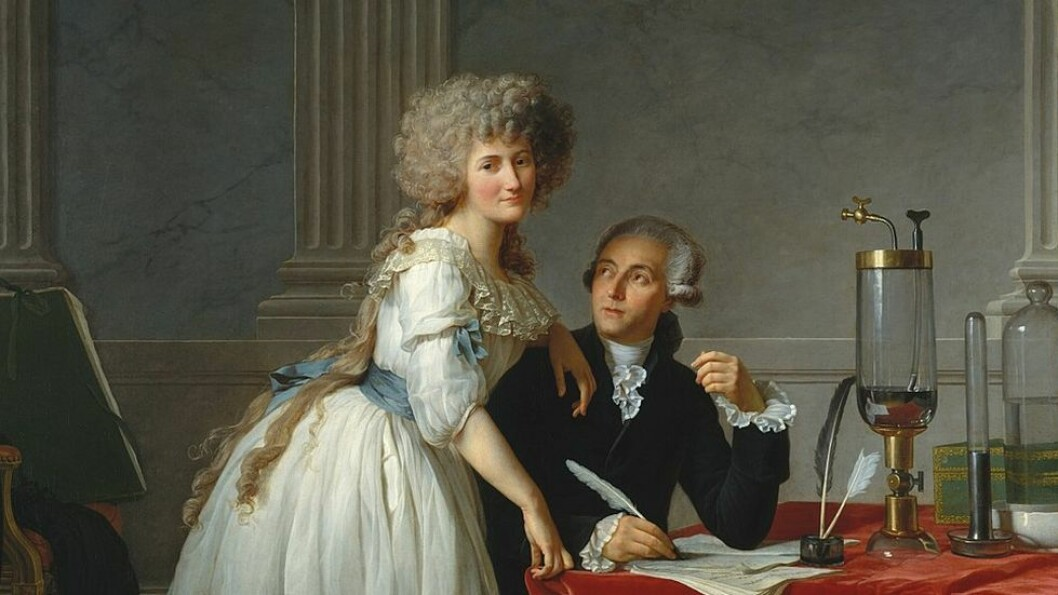 Oksygen: Den franske kjemikeren Antoine Laurent Lavoisier og hans kone Marie-Ann Pierrette Paulze arbeidet sammen for å reformere kjemien på slutten av 1700-tallet. Grunnstoffet oksygen fikk en helt spesiell rolle i fornyelsen av faget og i forståelsen av at luft ikke var ett grunnstoff, men en blanding av flere.