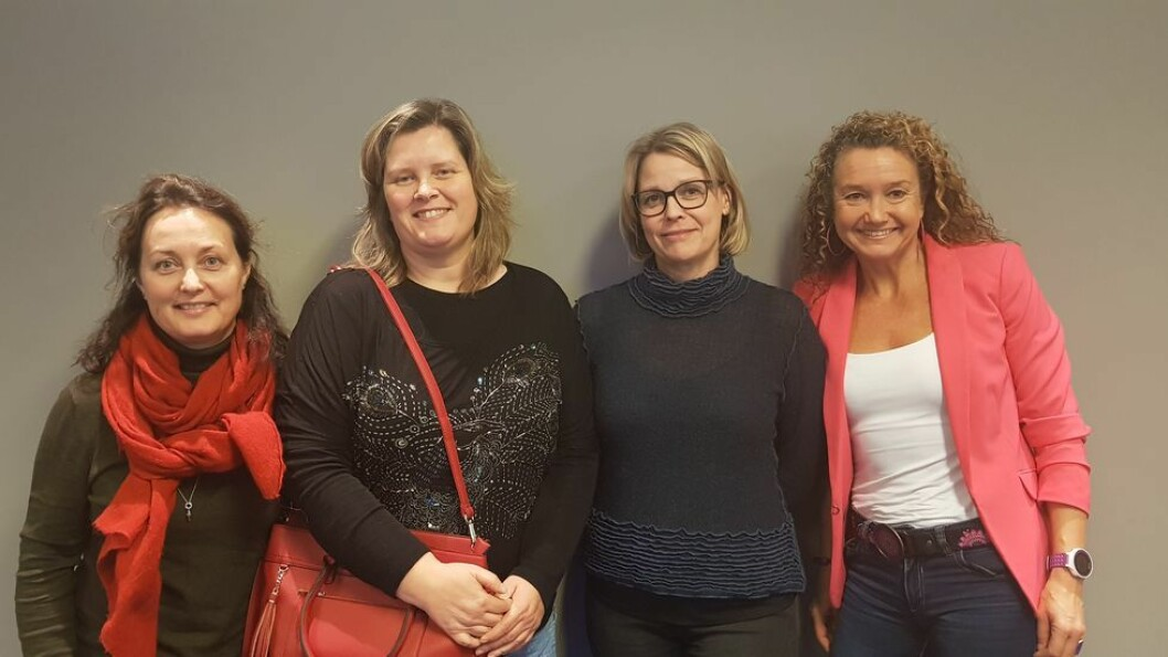 Fra venstre: Anne Vifladt, Linda Stigen, Hege Kletthagen og Ine Wigernæs fra Institutt for helsevitenskap ved NTNU i Gjøvik var blant de 30 ansatte ved Fakultet for medisin og helsevitenskap som deltok på kurset.