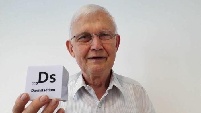 Den tyske forskeren Gottfried Münzenberg har vært med på oppdagelsen av hele 6 supertunge grunnstoffer, fra bohrium (107) til copernicium (112). For ham handler jakten på de supertunge grunnstoffene om å forstå de grunnleggende mekanismene for hvordan naturen er skrudd sammen.