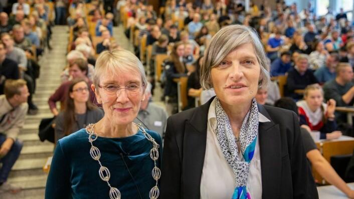 Onsager-forelesning med Lene Vestergaard Hau 18.10.2019. Anne Borg og Lene Vestergaard Hau.