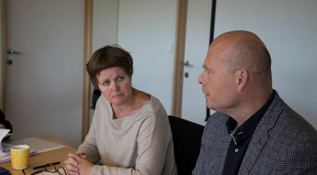 Saken fra 2020 gir ikke et fullstendig bilde av hvilke strategipotter vi har og hvilke gevinster dette gir, sier dekan Anne Kristine Børresen, her sammen med tidligere leder for fakultetsstyret Einar Lie.
