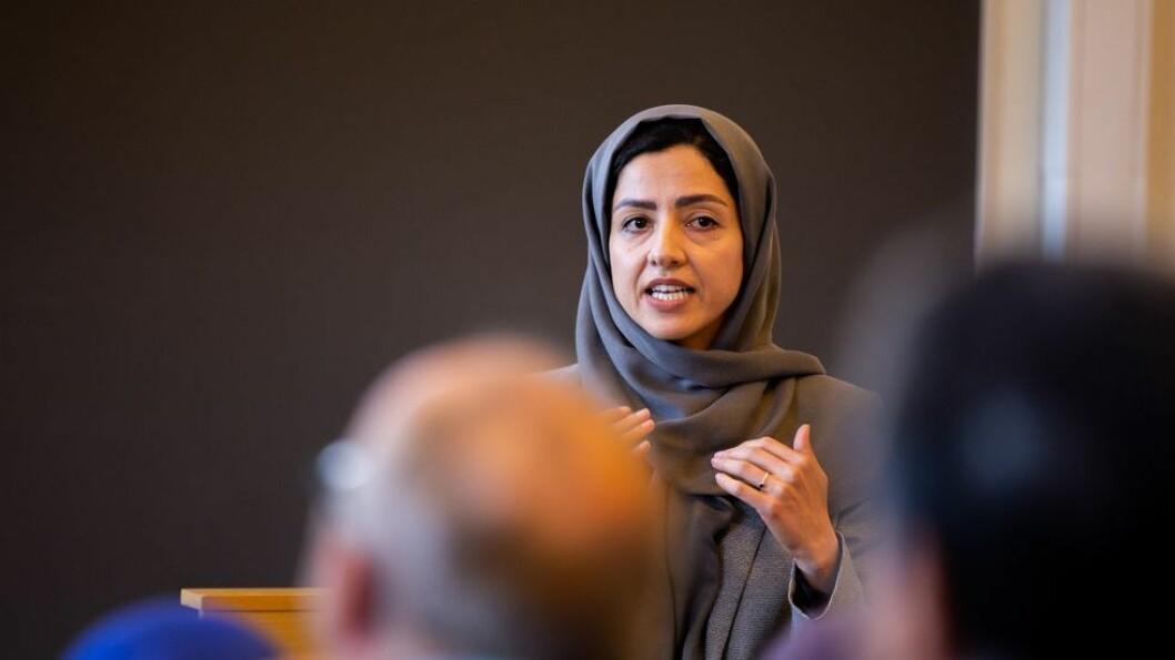 Her disputerer Hamideh Kaffash: - Fra morgen til kveld var denne dagen en av de beste dagene i livet mitt, sier hun.