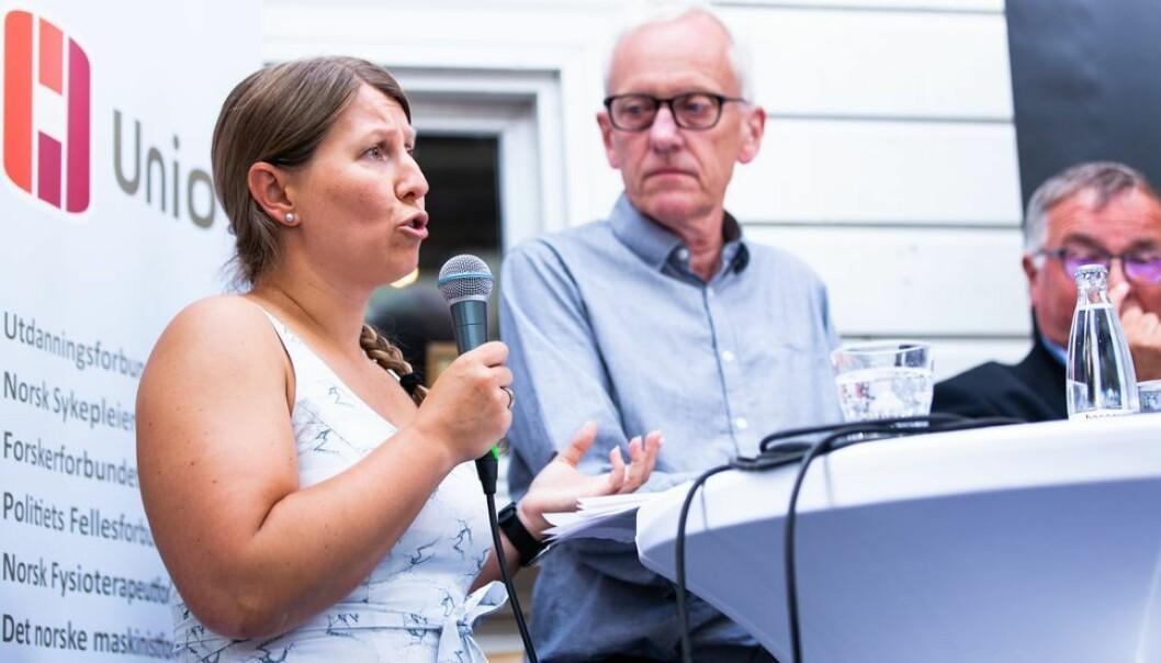Unio, her representert ved forhandlingsleder og leder av Forskerforbundet, Guro Elisabeth Lind, har sendt ut varsel om plassoppsigelse.