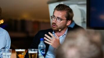- Du skal ha en viss armlengdes avstand mellom politikerne og universitetene, sa Venstres Sveinung Rotevatn under debatten.
