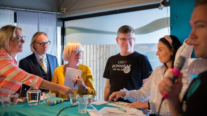 Arendalsuka. Debatt om praksis. Cecilia Flatum, Morten Irgens, Berit Rokne, Svein Stølen, Marte Øien.