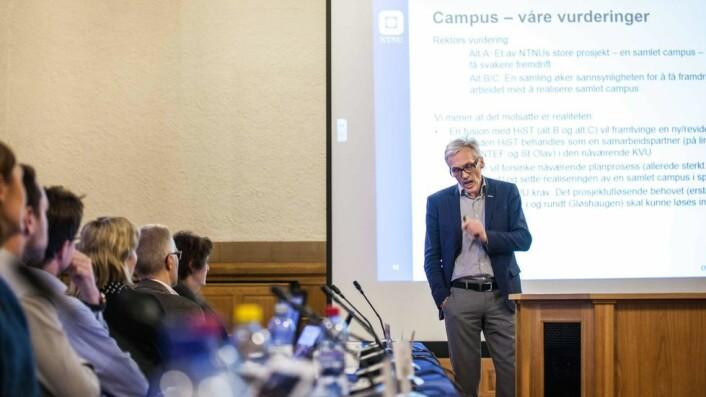 Bjarne Foss er blant styrerepresentantene som er mot fusjon.
