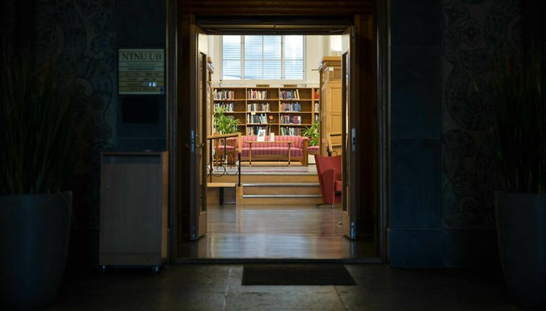 Tiltakene mot koronaviruset fikk også konsekvenser for bibliotekene på lærestedene.