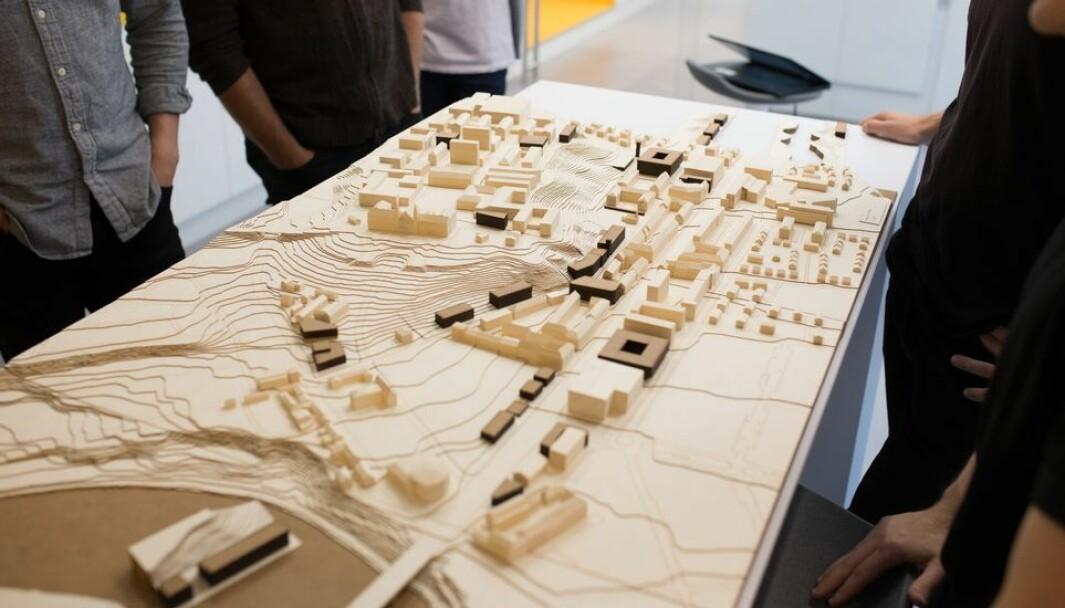Mens arkitekter og designere klør seg i hodet og forsøker å finne ut av hvordan et nytt NTNU-campus til slutt skal se ut har Fakultet for arkitektur og design ansatt nye instituttledere.