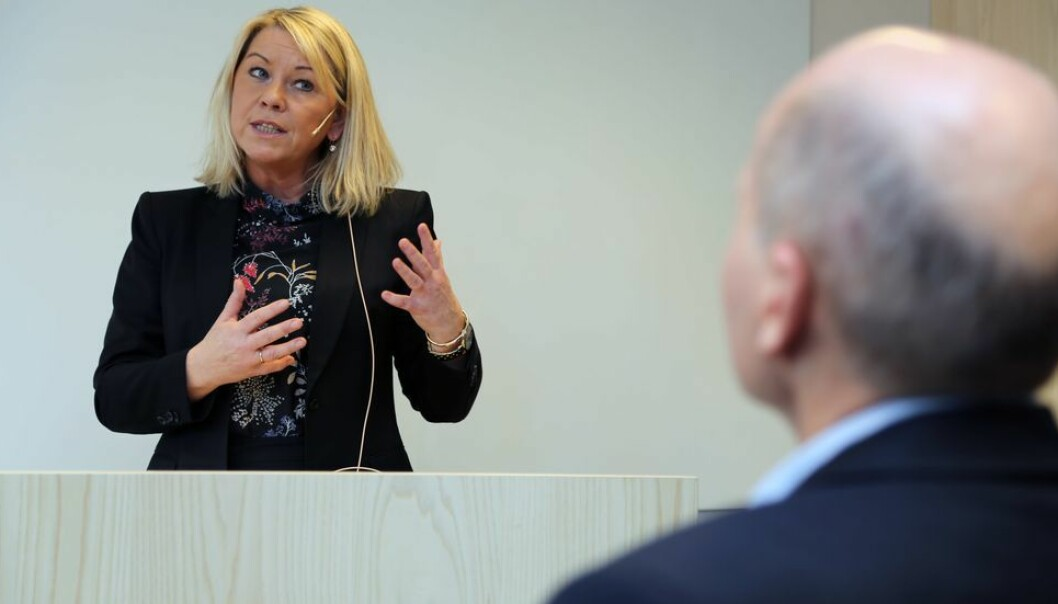Justisminister Monica Mæland (H) opplyser at norske studenter i utlandet ikke må betale egenandel ved et eventuelt opphold på karantenehotell.