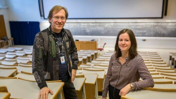 Reidar Angell Hansen og Ingebjørg Dahl ved NTNU Tilrettelegging har satt i gang en kampanje for å få forelesere til å bruke mikrofon.