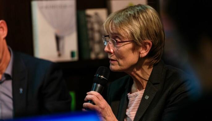 Rektor Anne Borg sier pengene de ikke brukte i 2020 vil brukes som planlagt på sikt.