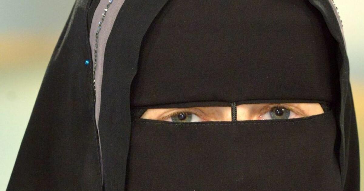 Burka Opprinnelse