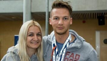 Emma Bregkou og Håkon Amundsen Aanerud er lederne for fadderne i Ålesund.