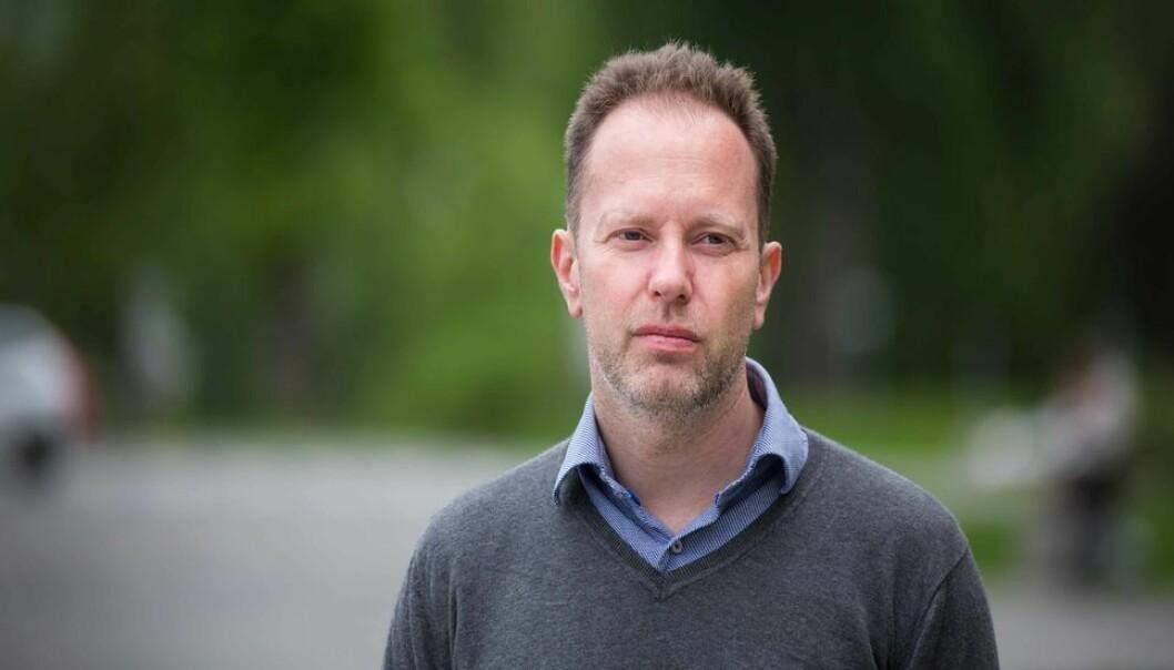 Avskjedigelsen av Øyvind Eikrem er behandlet i ansettelsesutvalget for vitenskapelig ansatte ved SU-fakultetet. Der ble det besluttet å sende saken videre til NTNUs hovedstyre for endelig beslutning.