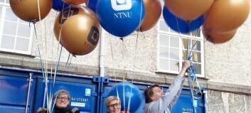 Hjemme alene-fest med med ballonger, sjokolademynter og 15 000 kakestykker