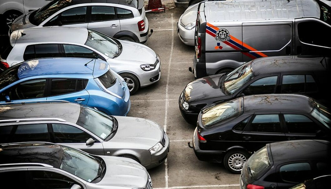 Rundt 300 personer aktiverte parkeringsbillett for mer enn en dag til 0 kroner, og kan med det stå gratis litt til, selv om NTNU har skrudd på betalingen igjen.