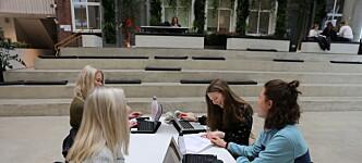 Studentenes meddommerkompensasjon har ikke blitt justert siden 1983