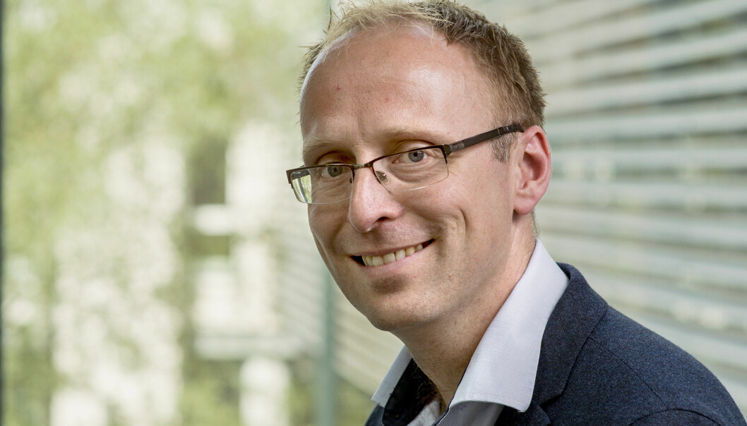 Magnus Steigedal ønsker å bli instituttleder og er en av fem søkere.