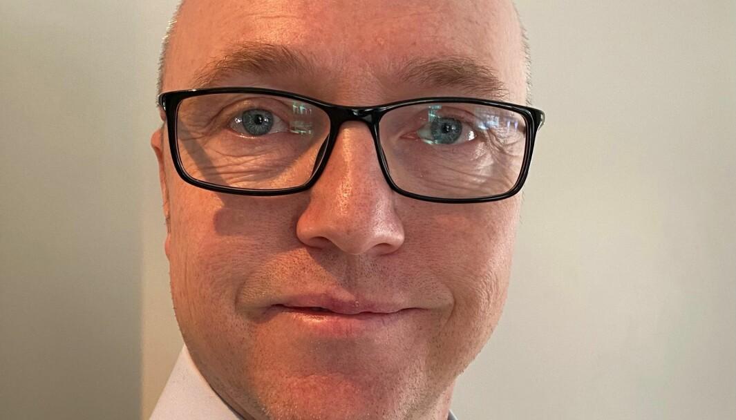 Vidar Broholm er kontorsjef ved Institutt for materialteknologi.