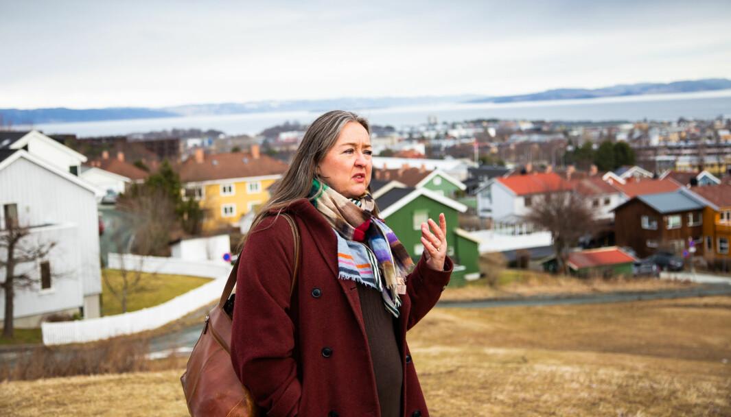 Line Vaarum blir nabo til Ocean Space Centre og var svært kritisk på møtet til at Statsbygg ikke viser bedre hvordan anlegget vil ruve i terrenget.