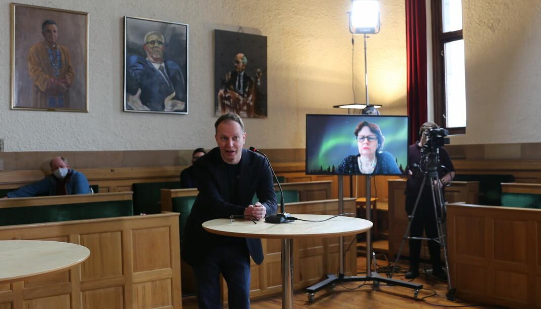 Øyvind Eikrem i valgkampmodus da han forsøkte å bli valgt inn i NTNU-styret. Det gikk ikke. I stedete er han nyvalgt leder for partiet Demokratene i Trondheim.