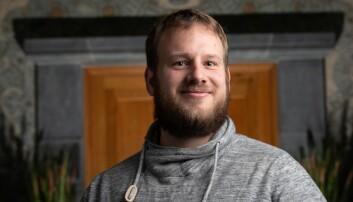Organisatorisk nestleder i Velferdstinget Simen Tjølsen Oftedal har valgt å trekke nestlederkandidaturet, men heller stille som velferds- og likestillingsansvarlig.