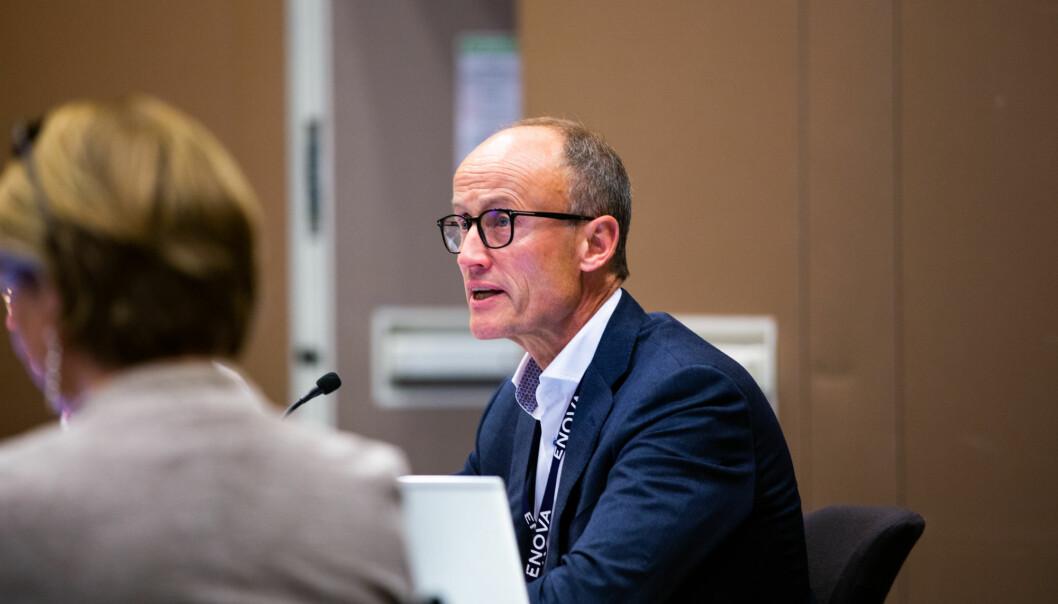 Nils Kristian Nakstad startet karrieren som styreleder ved NTNU med å sende alle hjem. Halvannet år senere fikk han endelig lede et fysisk styremøte igjen.