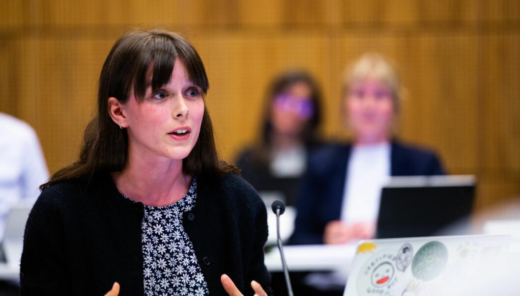 Representant for studentene i styret, Mathilde Eiksund var bekymret for at studentene ikke skal få noe pause mellom to semester.