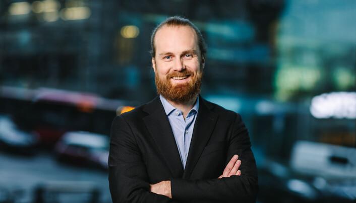 Seksjonssjef ved Språkrådet, Daniel Ims sier det er en økende trend med bruk av engelske navn i norsk offentlig sektor.