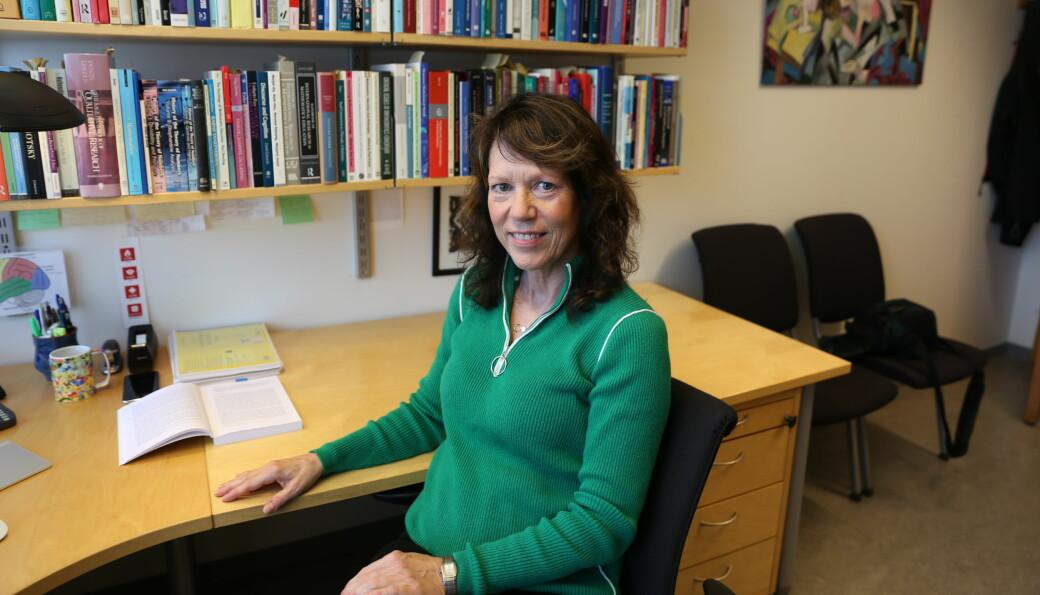 Førsteamanuensis Heidi Strømskag ved NTNU har jobbet for at matematikkeksamen fortsatt skal ha en del som utføres uten digitale hjelpemidler