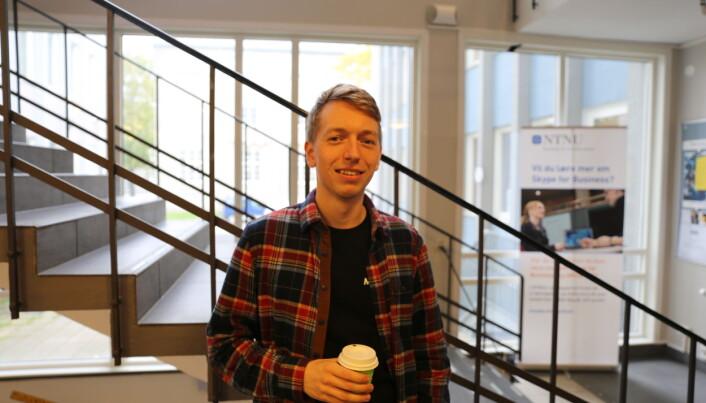Daniel Bjerkehagen ville aldri droppet en fysisk forelesning for å heller se den på video.