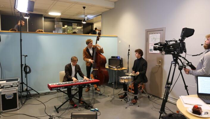 Jazzstudentene i We Take Requests hyller 50-tallsjazz.